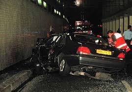 Princess Diana murdered by bright light shone into car by SAS causing crash