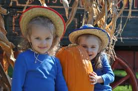 halloween city mason ohio four reasons you u0027ll love fall in ohio u0027s largest playground
