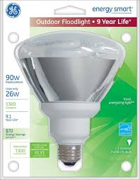 Outdoor Cfl Flood Lights Ge Lighting 21739 26 Watt 90 Watt Equivalent Energy Smart Outdoor