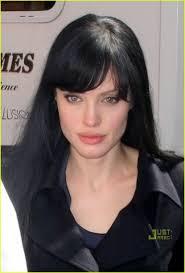 Angelina Jolie Pic1