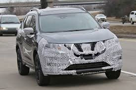 nissan rogue us news 2017 nissan rogue spied with cosmetic updates autoevolution