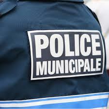 Affrontement rouge/vert à la police municipale d'Amiens : les bleus comptent les points dans Amiens Forum