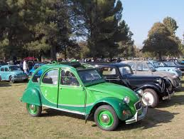 citroen cars file green citroen 2cv jpg wikimedia commons