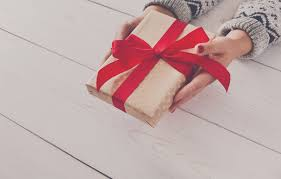 7 best holiday hostess gifts that u0027ll get you invited to every party