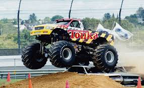 monster truck bigfoot 5 tonka bigfoot monster trucks wiki fandom powered by wikia
