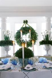 Awards And Decorations Branch by A Passion For Blue And White Carolyne Roehm 9780767921138