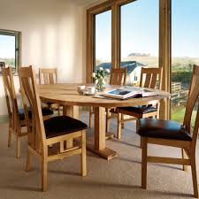 engaging dining room decoration using expandable dining room table