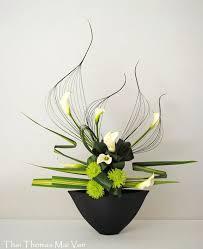 Table Flower Arrangements Best 25 Contemporary Flower Arrangements Ideas On Pinterest