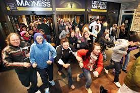 black friday fitbit high consumer confidence positive for retailers on black friday