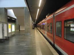 Hannover Flughafen railway station