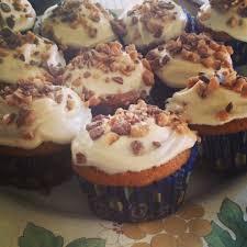 ina garten u0027s pumpkin cupcakes with maple cream cheese frosting