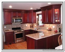 cherry cabinets in kitchen best 25 kitchen paint colors with cherry ideas on pinterest