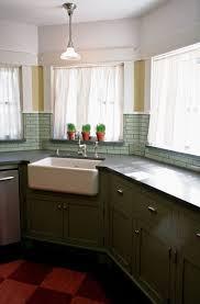 Green Tile Backsplash by 43 Best Kitchen Backsplash Ideas Images On Pinterest Backsplash