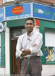Sri Lankan postmaster who refuses to serve non English speakers
