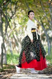 korean haristyle and hanbok Images?q=tbn:ANd9GcS6svvCsElJyvrrdzkS7Qc7zyvSVbXUuqR_ViMJMqlWLYDyuhF2oA