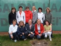Hinten von links: Britta Renz, Heike Reinhardt, Claudia Höck, Katrin Fougeray, Tanja Kißner, Antje Grunenberg-Heuer. Vorne von links: Geli Wittig, ... - damen_30