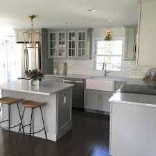 Small White Kitchen Design Ideas by Best 25 Small Kitchen Layouts Ideas On Pinterest Kitchen