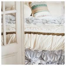 gorgeous blue bedlinen diy decorator
