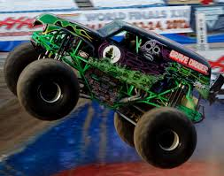 monster truck bigfoot 5 5 gravedigger monster truck photos top 10 scariest cars for