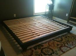 King Platform Bed Plans With Drawers by Best 25 King Size Platform Bed Ideas On Pinterest Queen
