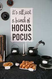 Themed Halloween Party Ideas by How To Throw A Hocus Pocus Halloween Party So Festive