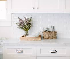 White Subway Tile Backsplash Ideas by So Glad We U0027re Seeing More Subway Tile In Kitchens This Backsplash