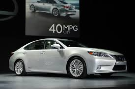 certified lexus seattle video the 2013 lexus es is all that and much more cbs seattle