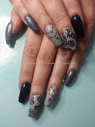 gray nails with black rose flowers nail art grey and black nail