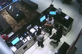 Polícia divulga imagens de assalto a hotel na Reta da Penha em ...