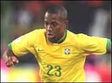 Robinho está fora do jogo contra Gana