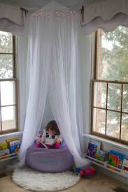 Reading Nook Furniture by Best 20 Girls Reading Nook Ideas On Pinterest Diy Little Girls