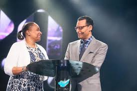 Megachurch Pastor AR Bernard Reveals He and Wife Were Once Headed     The Christian Post