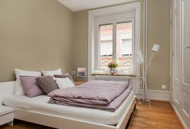 Two Twin Beds In Small Bedroom What Bed Size Should You Choose Sleep Org