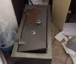 Bandidos invadem supermercado e levam R$ 300 mil de cofre em ...