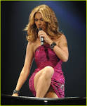 Celine Dion upskirt in dress Celine Dion upskirt in dress