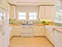 White Tile Kitchen Backsplash Exellent White Kitchen Yellow Backsplash With And Tiles E In In