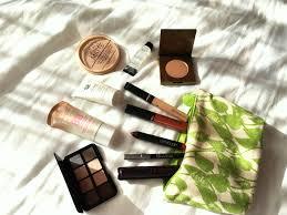 makeup essentials travel edition dreamsandshades