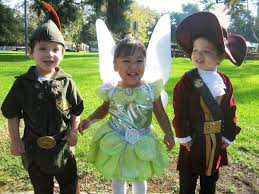 Group Family Halloween Costumes by Halloween Costumes For Siblings That Are Cute Creepy And