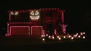 illuminated halloween decorations halloween light show 2010 hd thriller michael jackson youtube