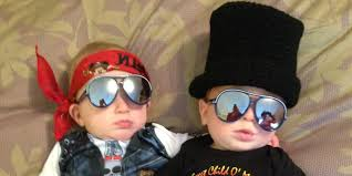 4 year old boy halloween costumes halloween costumes for twins that will win you over twice huffpost