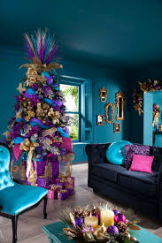 Homes With Christmas Decorations by Indoor Decor Ways To Make Your Home Festive During The Holidays