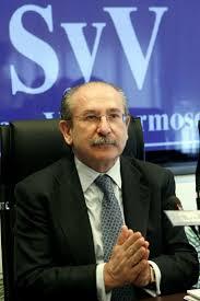 El Santander va a aumentar su participación en Repsol a través de Sacyr