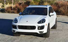 Porsche Cayenne Towing Capacity - comparison bmw x4 xdrive35i 2017 vs porsche cayenne 2017