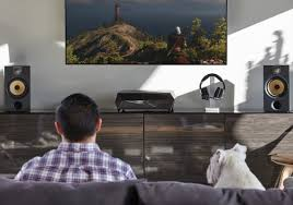 corsair s bulldog pc barebone for the living room is now available even though corsair s bulldog has hit the market somewhat later than expected it still looks very promising thanks to the emergence of new 14nm and 16nm