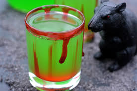 halloween cocktail the poison frog