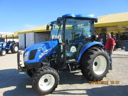 nice looking new holland boomer 46d cab tractor new holland farm