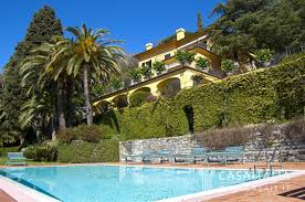 luxury villa with swimming pool for sale in rapallo