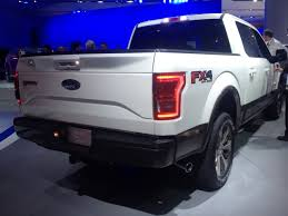 2015 Ford Fx4 Video 2015 Ford F 150 Is Now 700lbs Lighter And Available 2 7