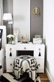 Vanity Bedroom Makeup Furniture Pier One Mirrors Makeup Vanity Bed Bath And Beyond