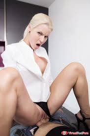 lynna-nilsson-pussy Shaved-Babe-Lynna-Nilsson-Wearing-Platform-High-Heels-